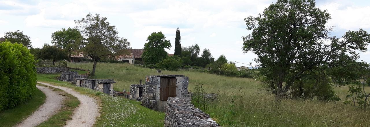 Chemin_des_puits_Laburgade